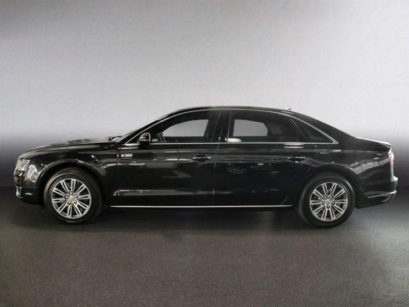 Audi A8 06